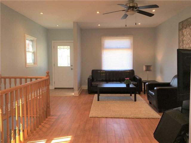 171 Coxwell Ave, Toronto E4077855