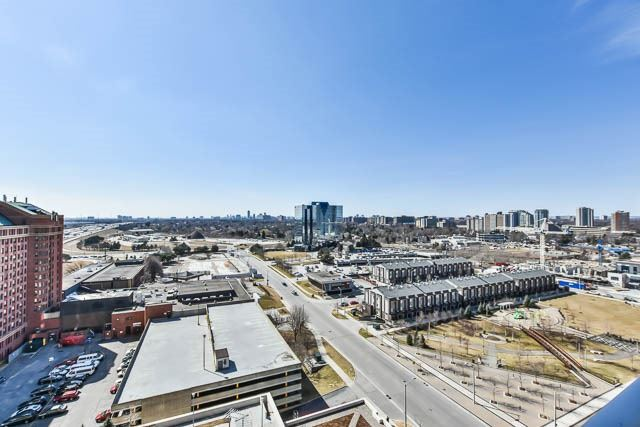 #1520 - 135 Village Green Sq, Toronto E4083828