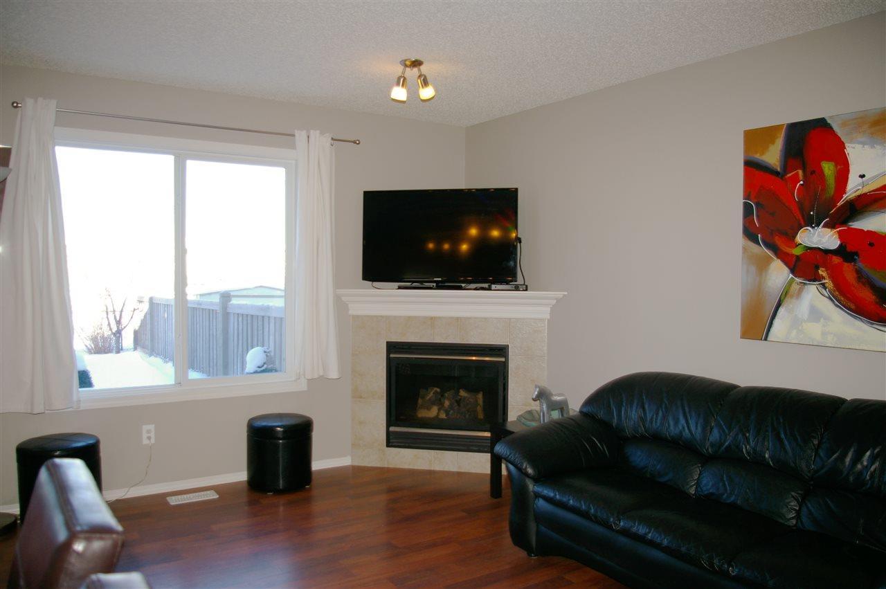 740 Kennedy Rd, Toronto E4107989