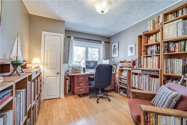 16 Courcelette Rd, Toronto E4114017