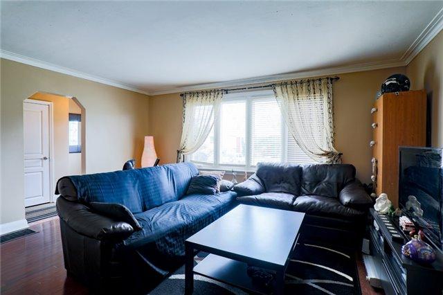66A Claremore Ave, Toronto E4128613