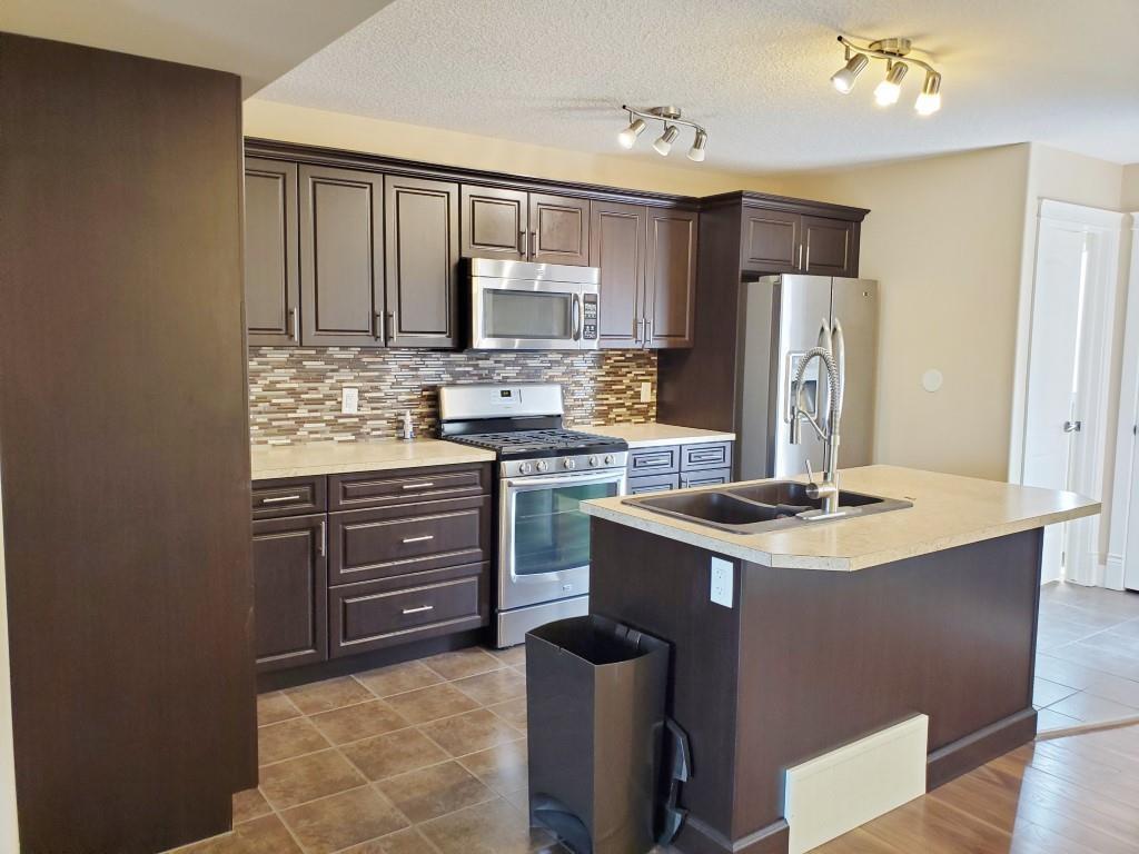 2 Archwood Cres, Toronto E4254624
