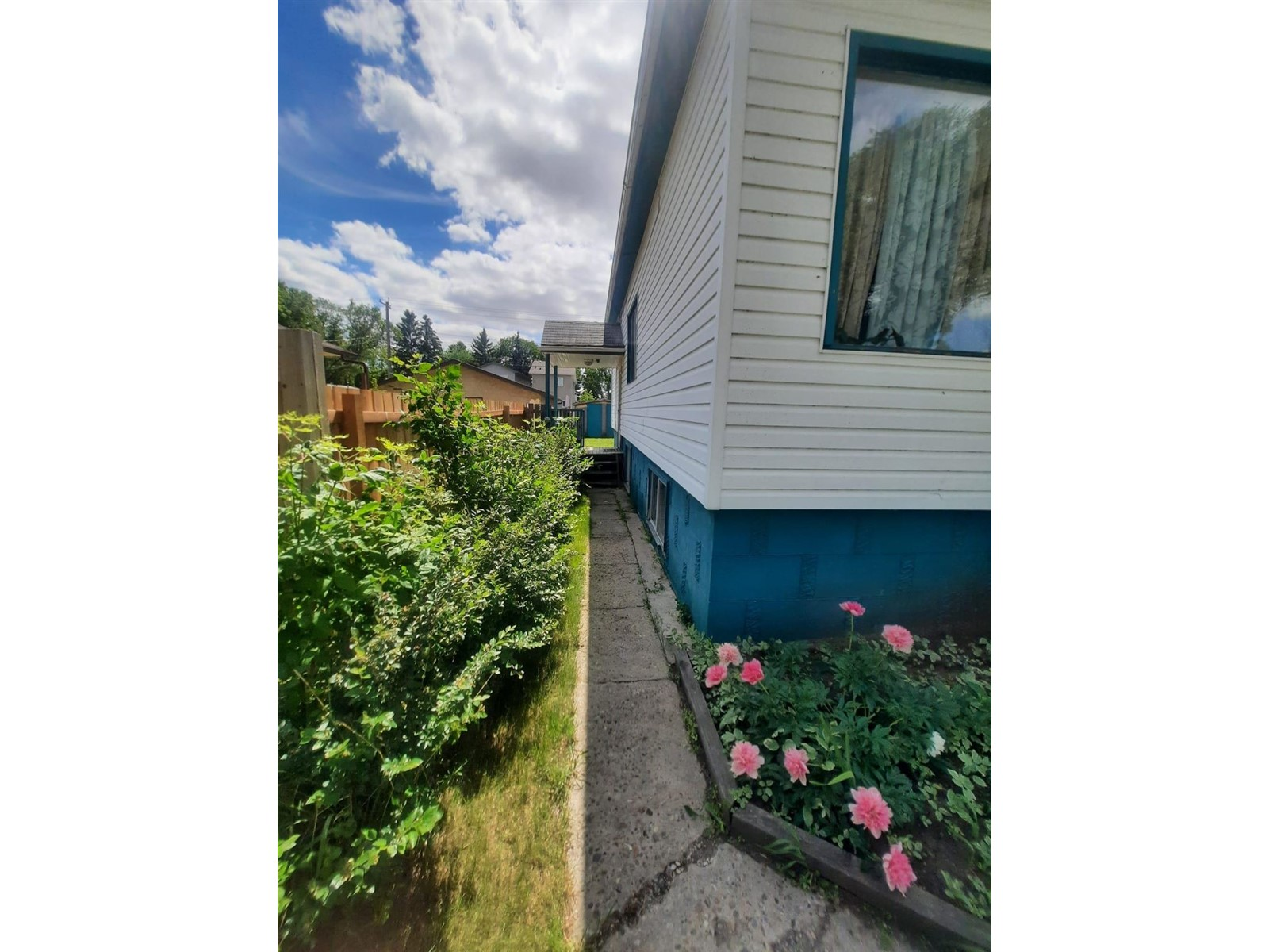 60 Wye Valley Rd, Toronto E4254628