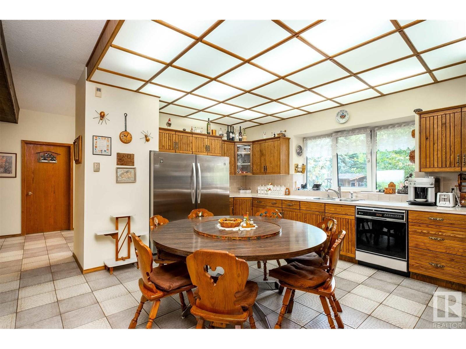 42 Homestead Rd, Toronto E4258083