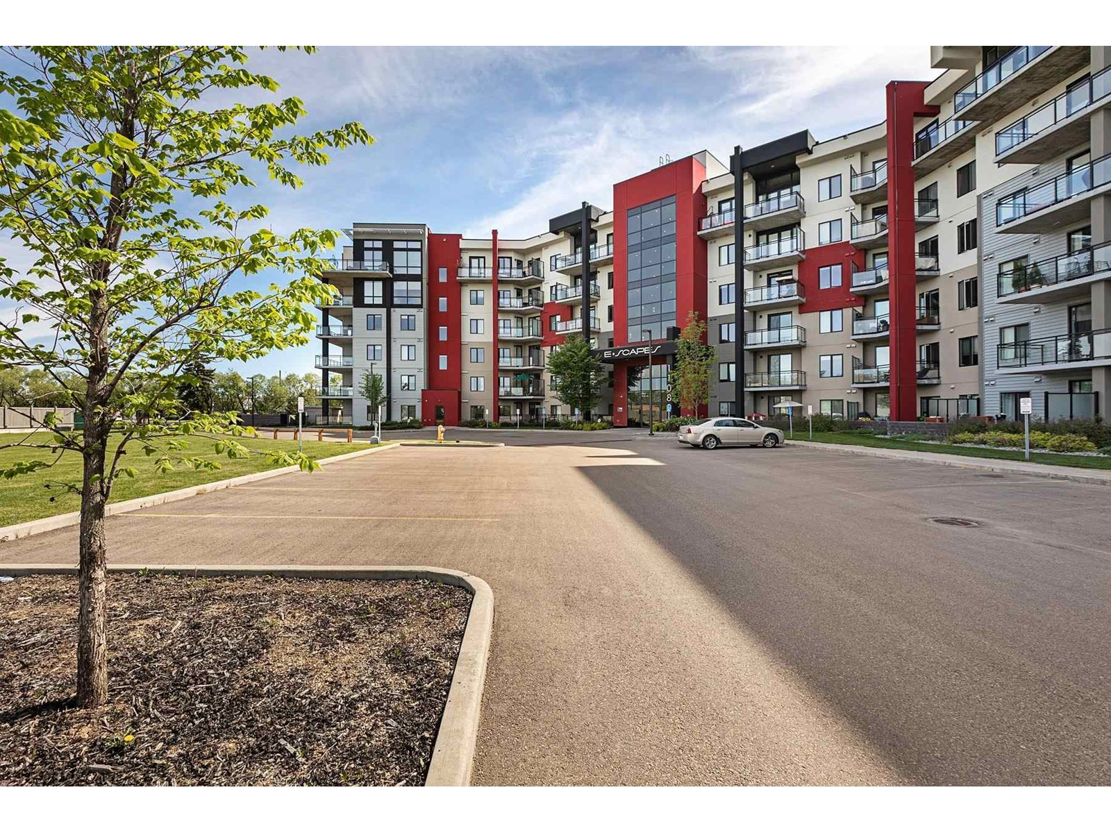 5 Northland Ave, Whitby E4265992