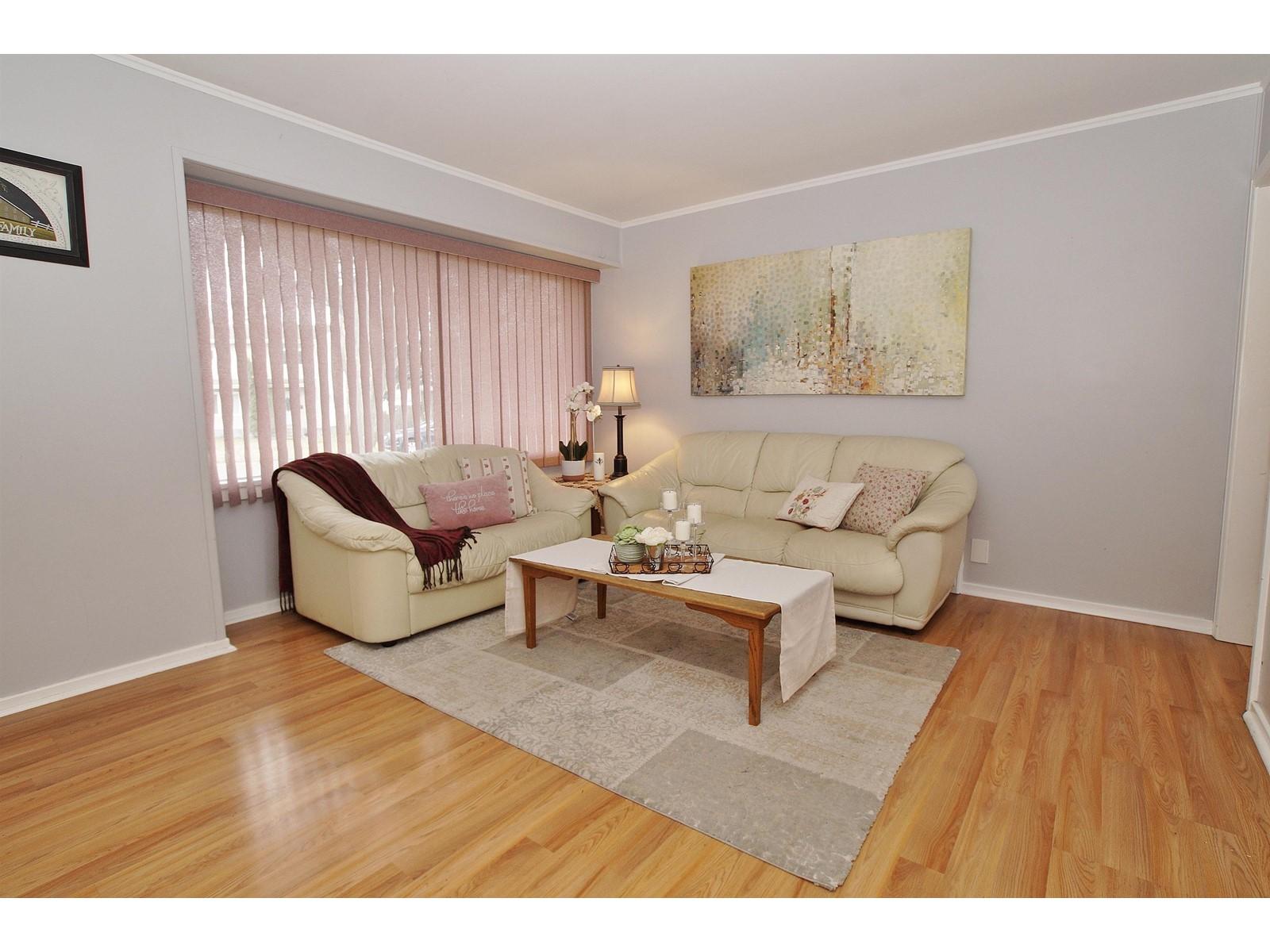 299 Blantyre Ave N, Toronto E4268139