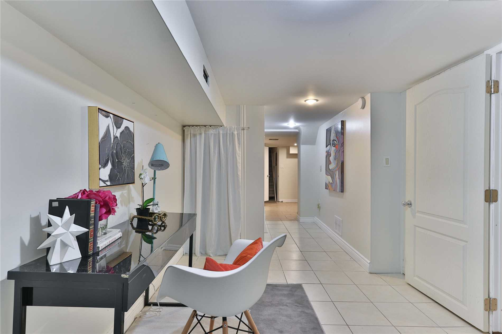 379 Rhodes Ave, Toronto E4311869