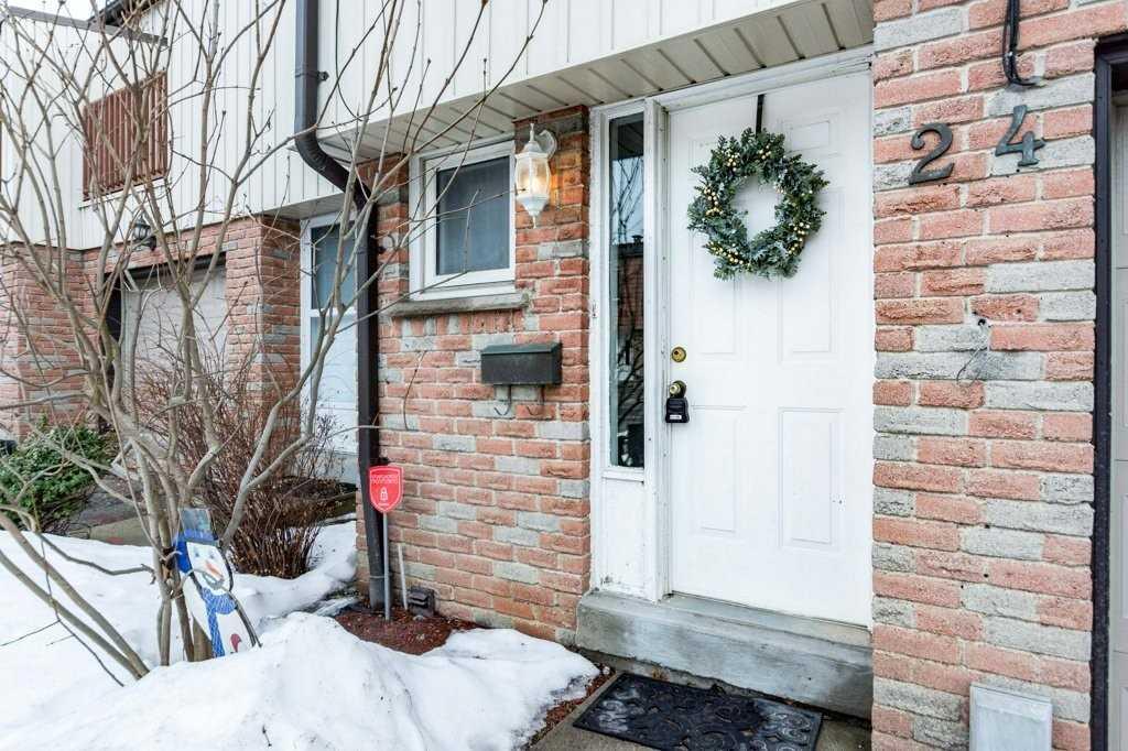 #24 - 15 Guildwood Pkwy N, Toronto E4353371