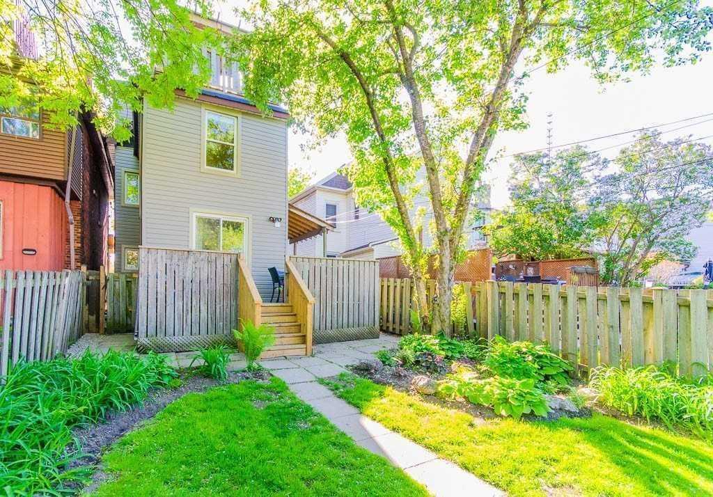 203 Leslie St, Toronto E4397121