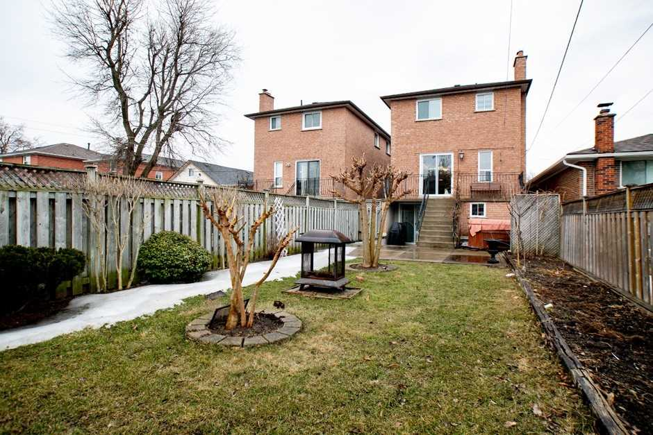 71 North Bonnington Ave, Toronto E4399314