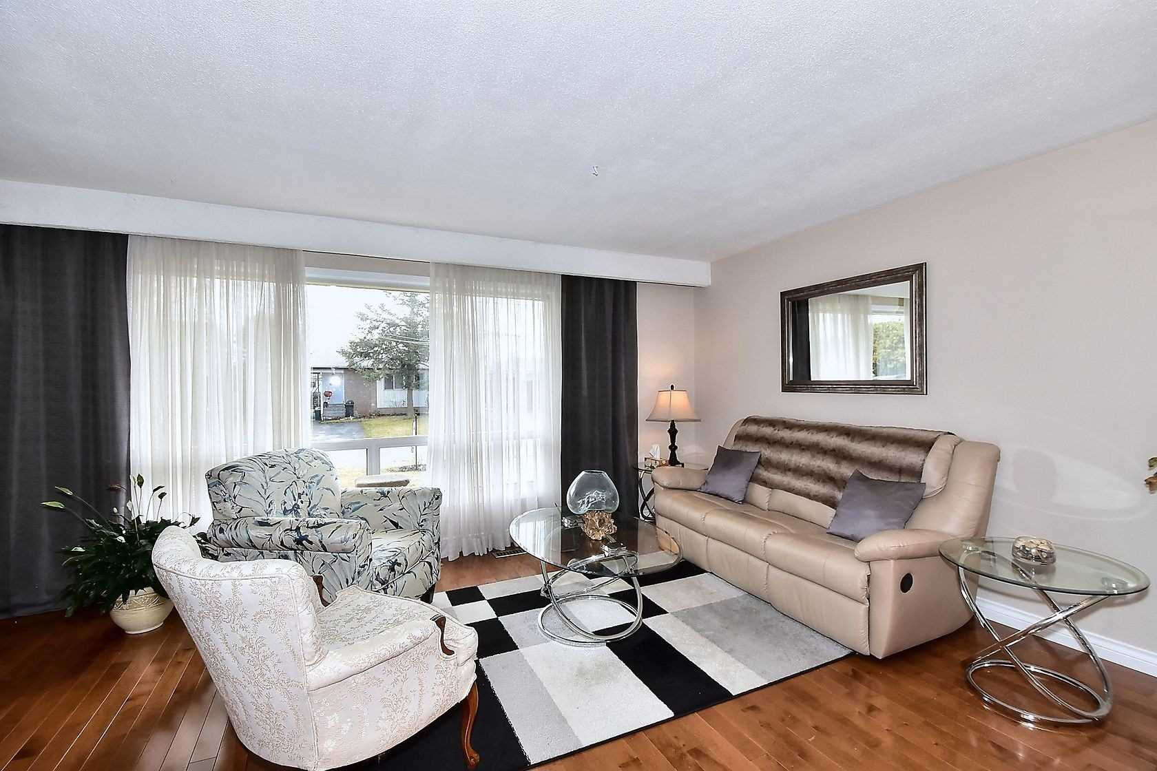 796 Oliva St, Pickering E4406656