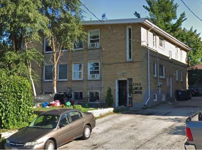 2965 Lawrence Ave, Toronto E4407744