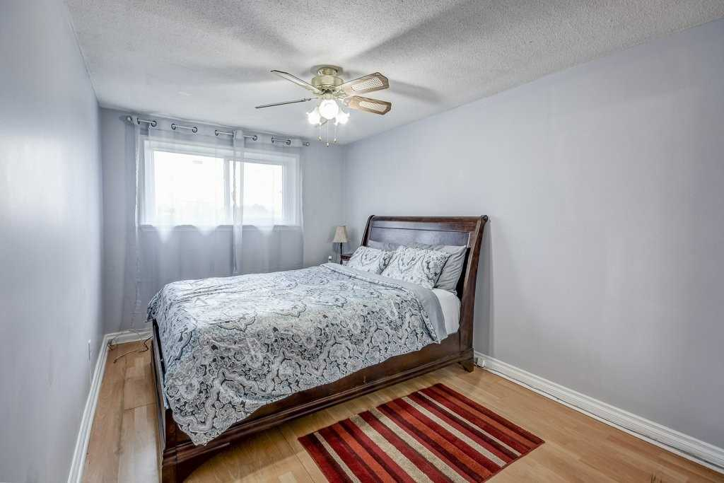 #25 - 400 Orton Park Rd, Toronto E4410682