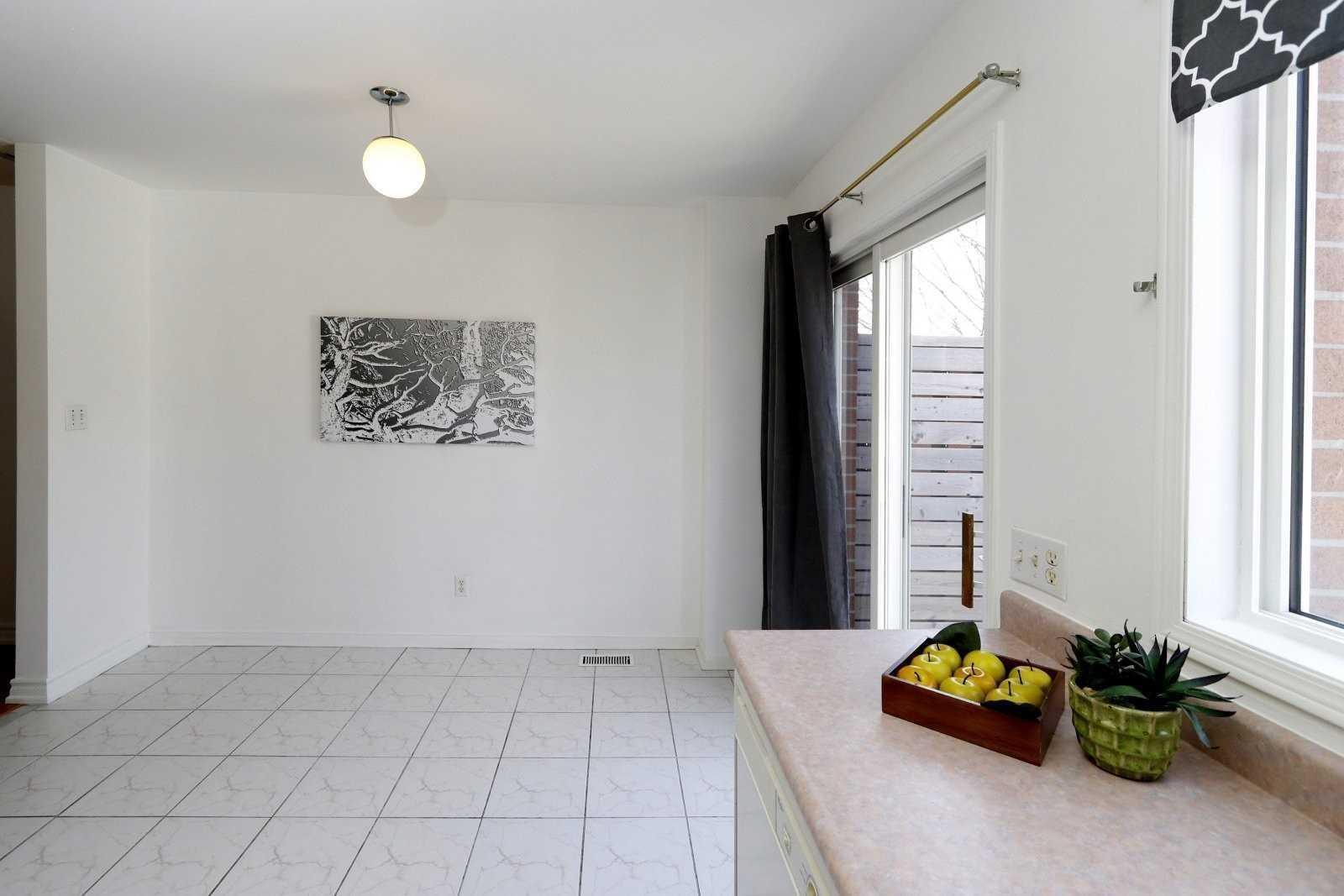 4 Brick Crt, Toronto E4415889