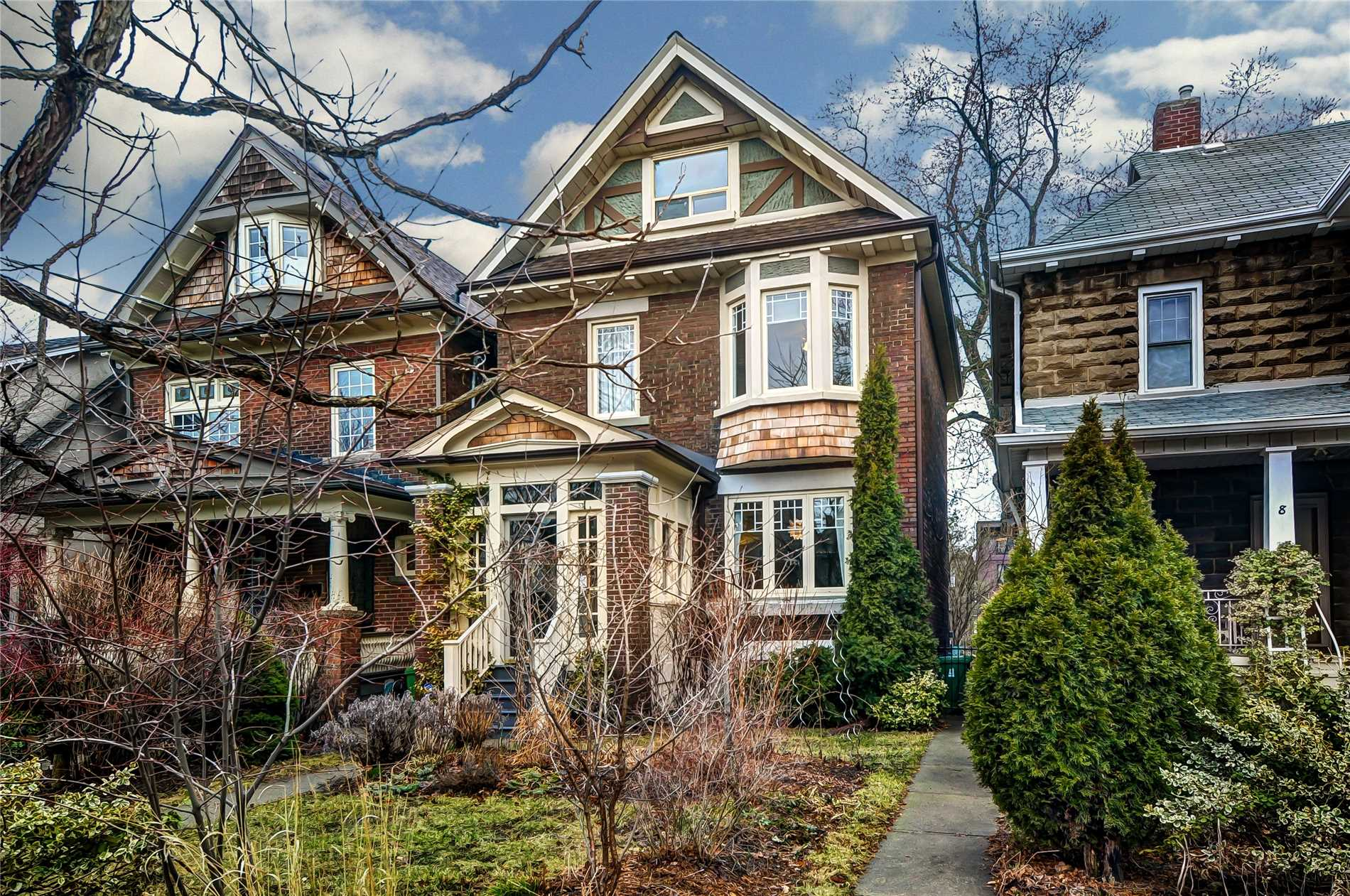 6-woodycrest-ave