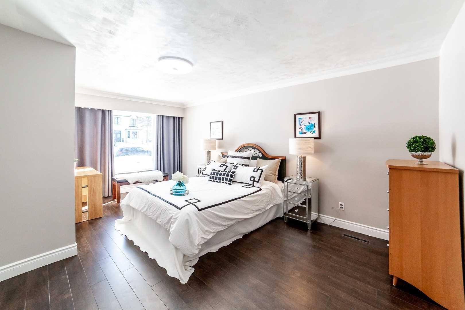 10 Todd Rd, Toronto E4442003