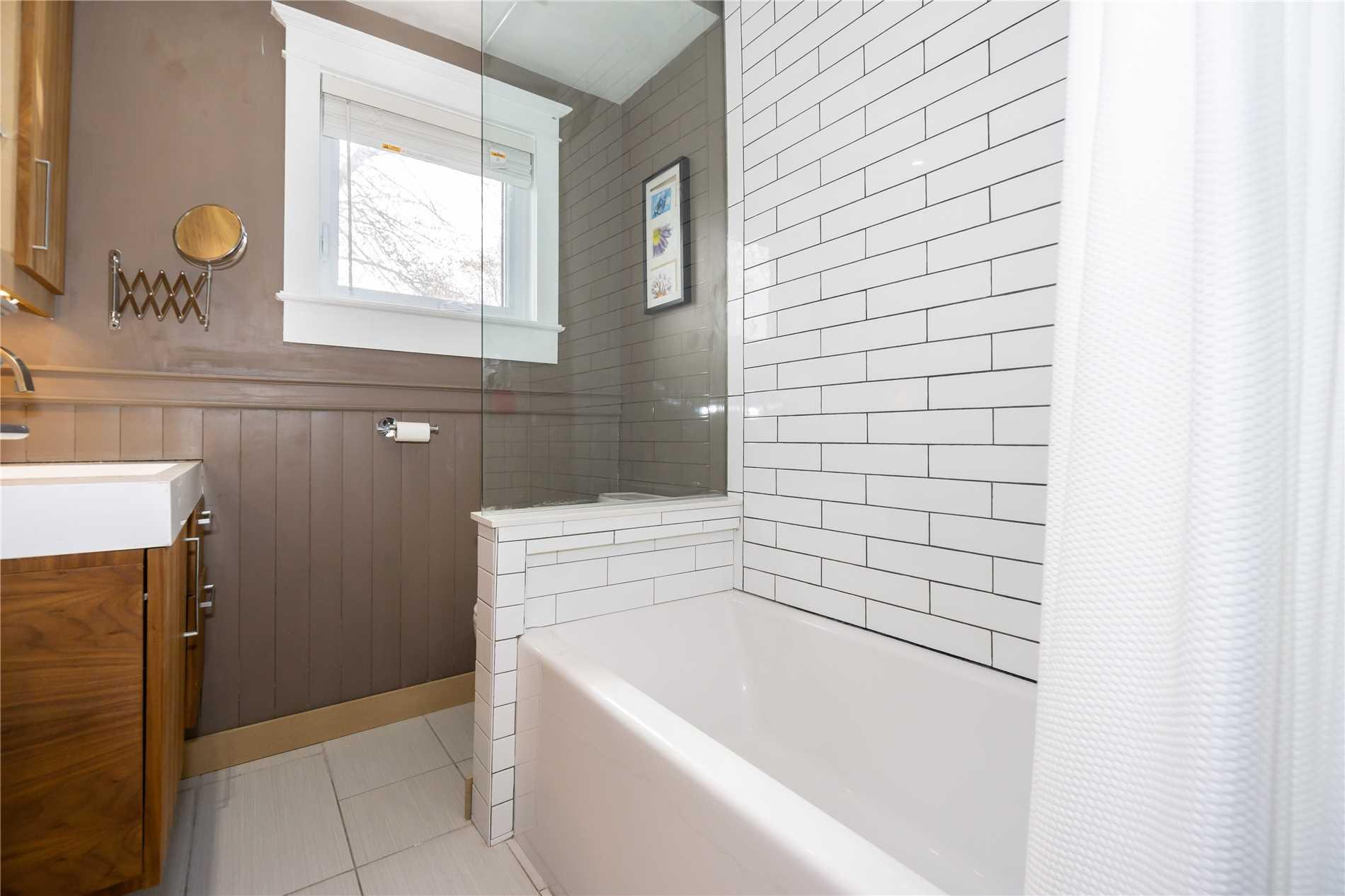 28 Earl Grey Rd, Toronto E4443343