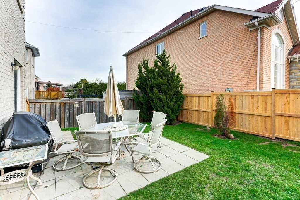 938 Wingarden Cres, Pickering E4447915