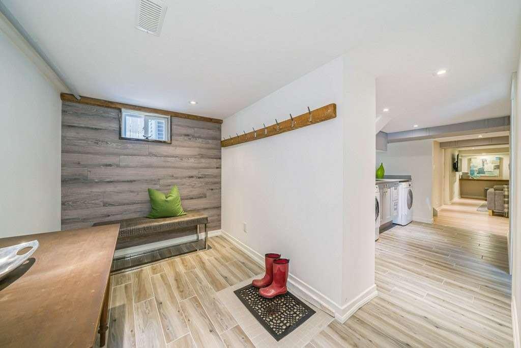 42 Winthorpe Rd, Toronto E4472961