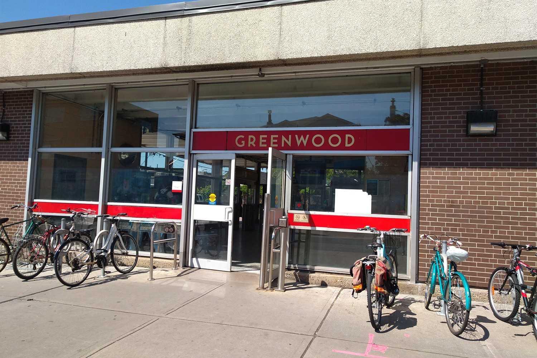 373 Sammon Ave, Toronto E4479850