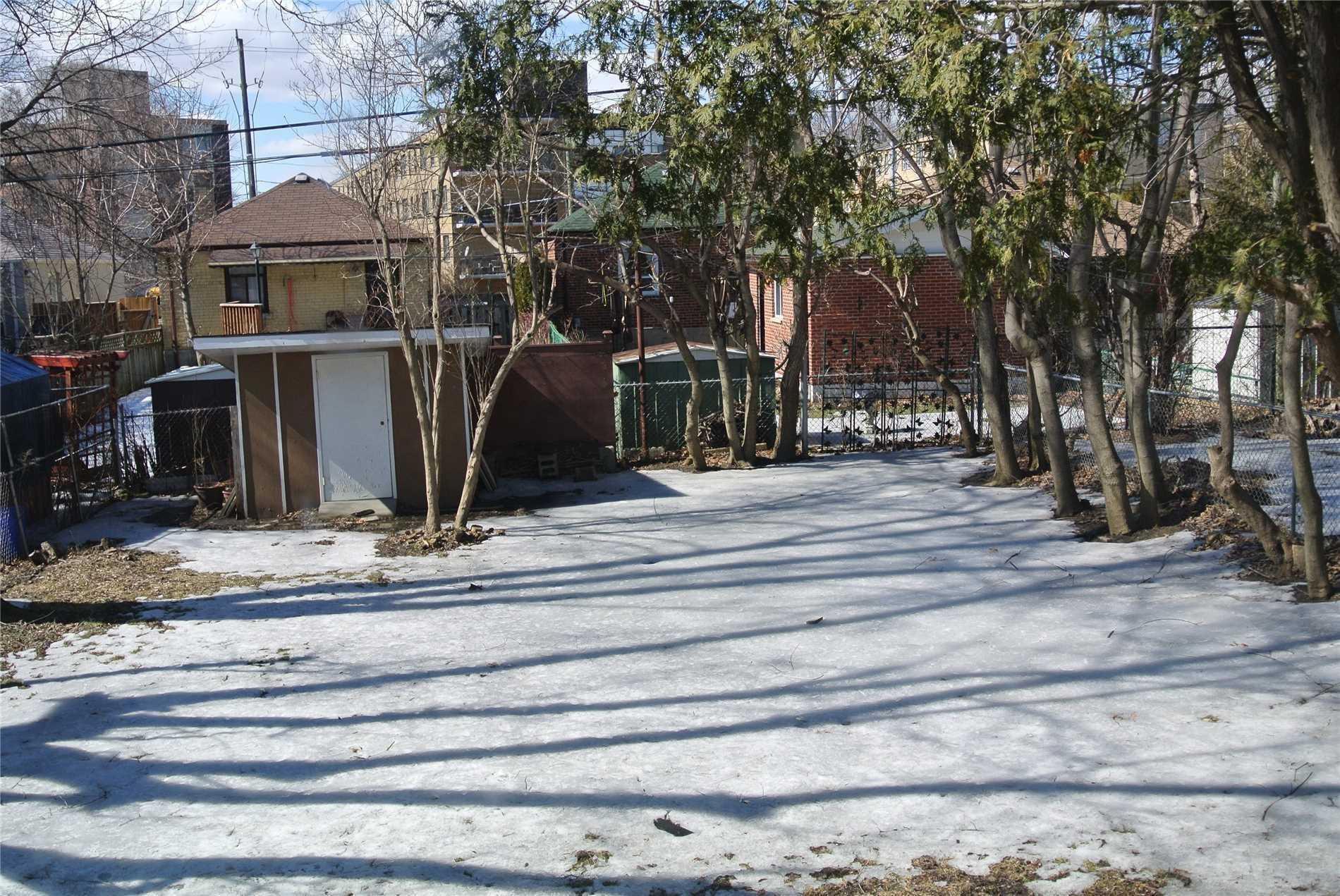 114 Meighen Ave, Toronto E4509654