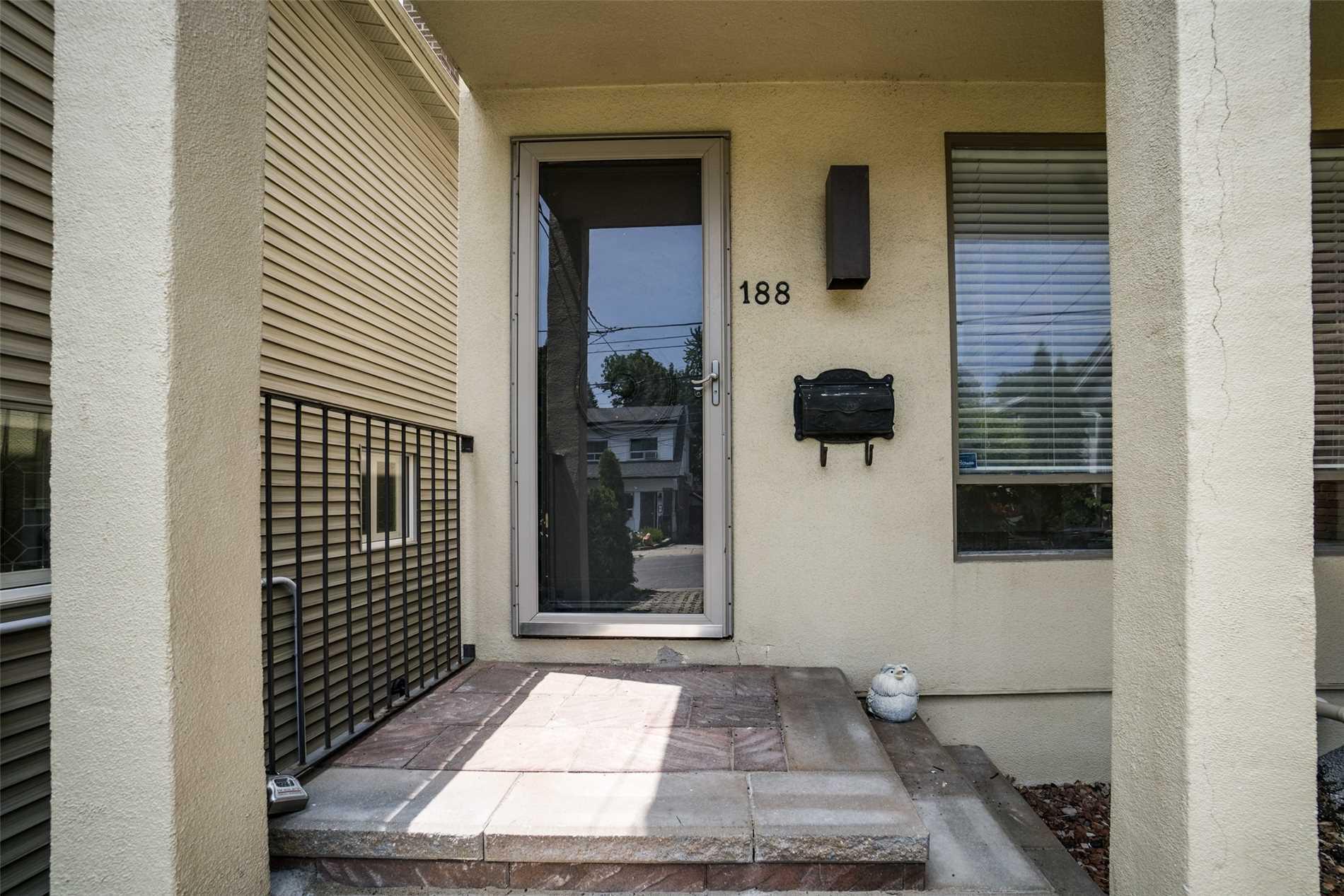 188 Courcelette Rd, Toronto E4512843