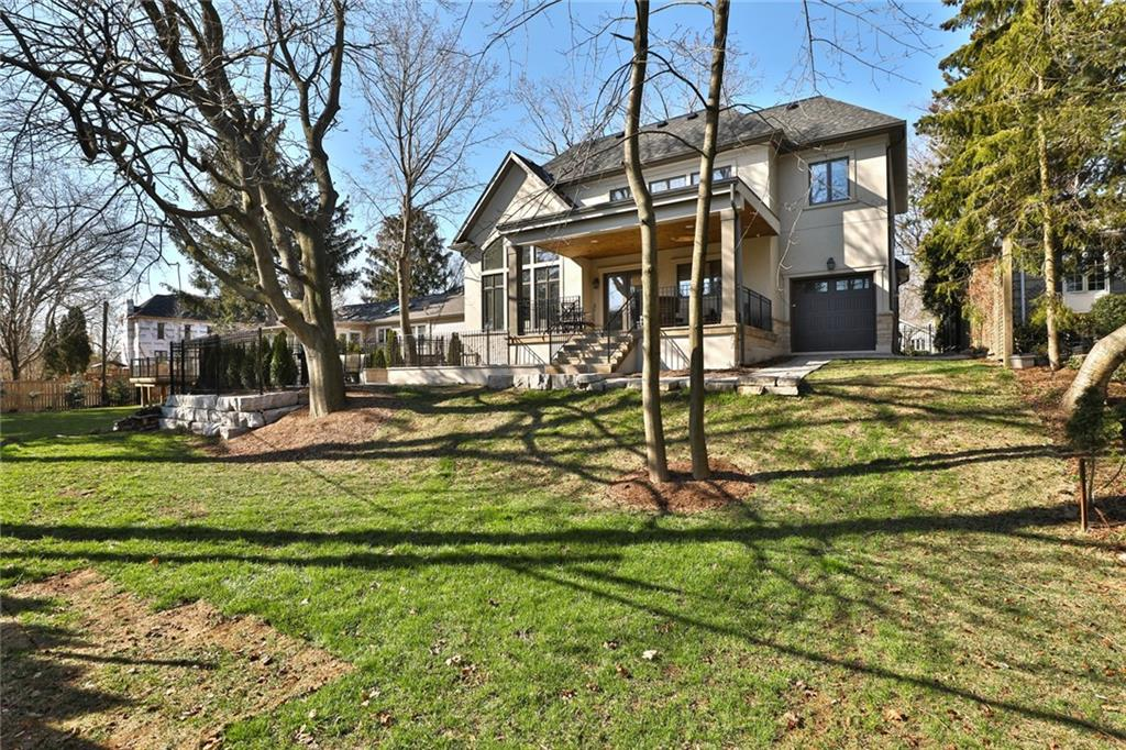 217 POPLAR , Burlington H4026943