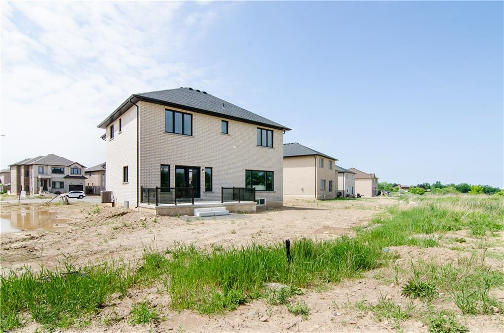 35 RIESLING Court, Hamilton H4031558