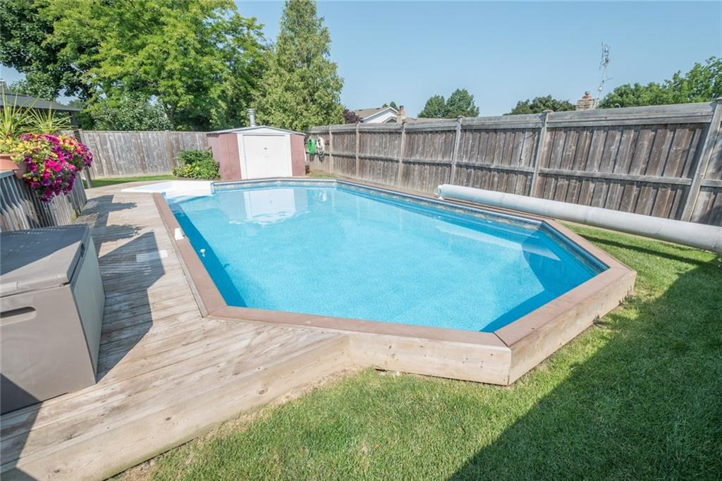 27 AINSWORTH , Hamilton H4031692