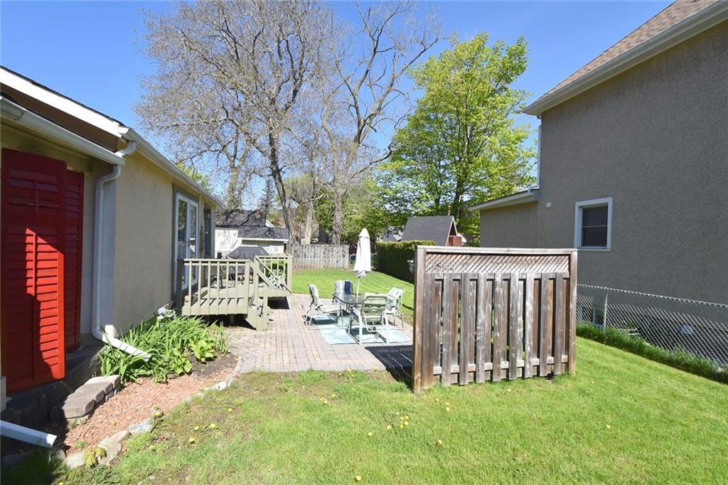 15 Maple Avenue, Hamilton H4054111