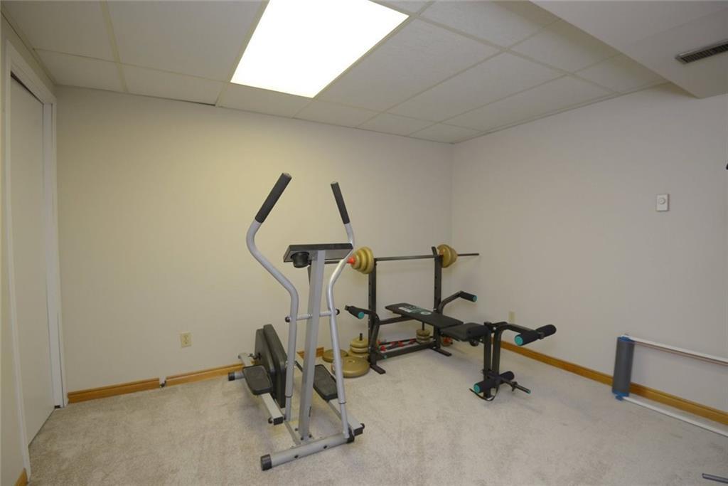 390 SWANSON Court, Burlington H4056716