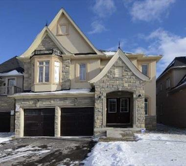 15 Robert Berry Cres