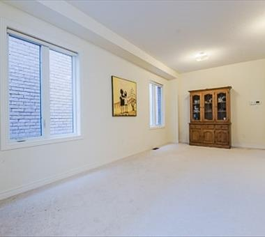 15 Juglans Cres, Whitchurch-Stouffville N3271793