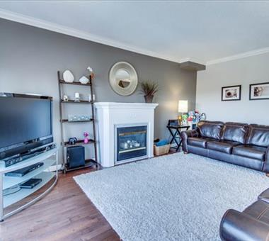 670 Madeline Hts, Newmarket N3348326