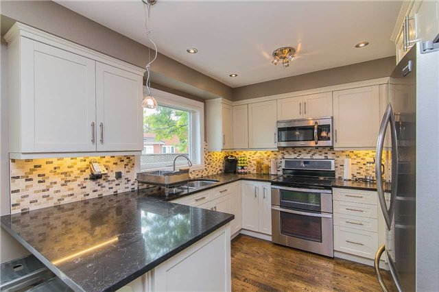 7 Alma Crt, Richmond Hill N3547346