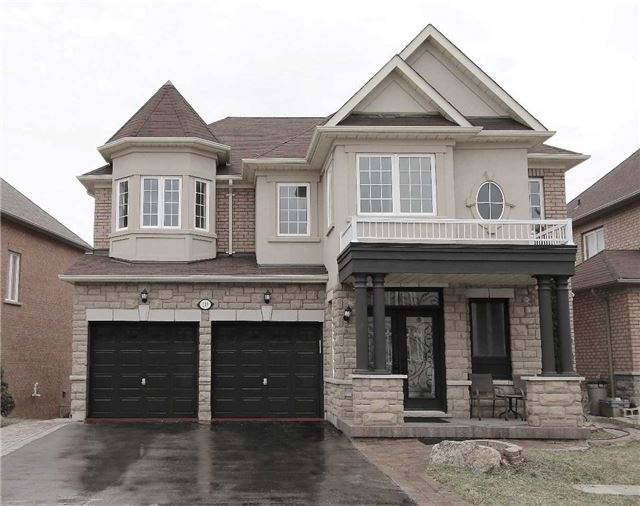 119 Bathurst Glen Dr, Vaughan N3809022