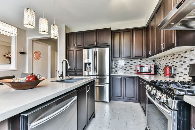 151 Glad Park Ave, Whitchurch-Stouffville N3916997