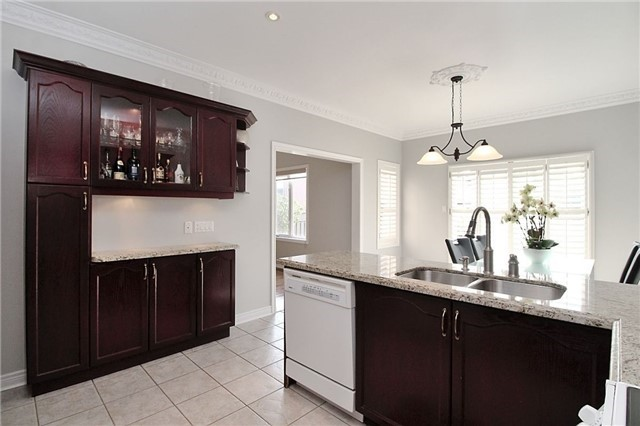 290 Forest Fountain Dr, Vaughan N3984976
