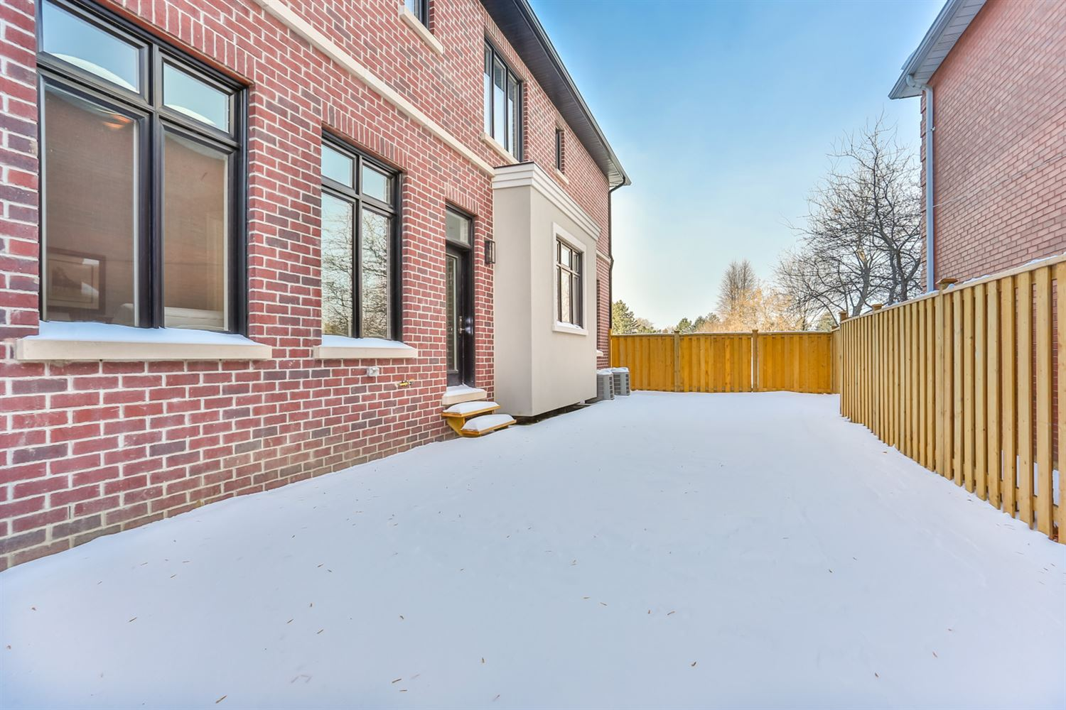 29 Payson Ave, Vaughan N4016434