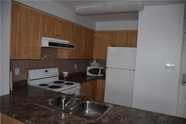 #618 - 310 Red Maple Rd, Richmond Hill N4018886