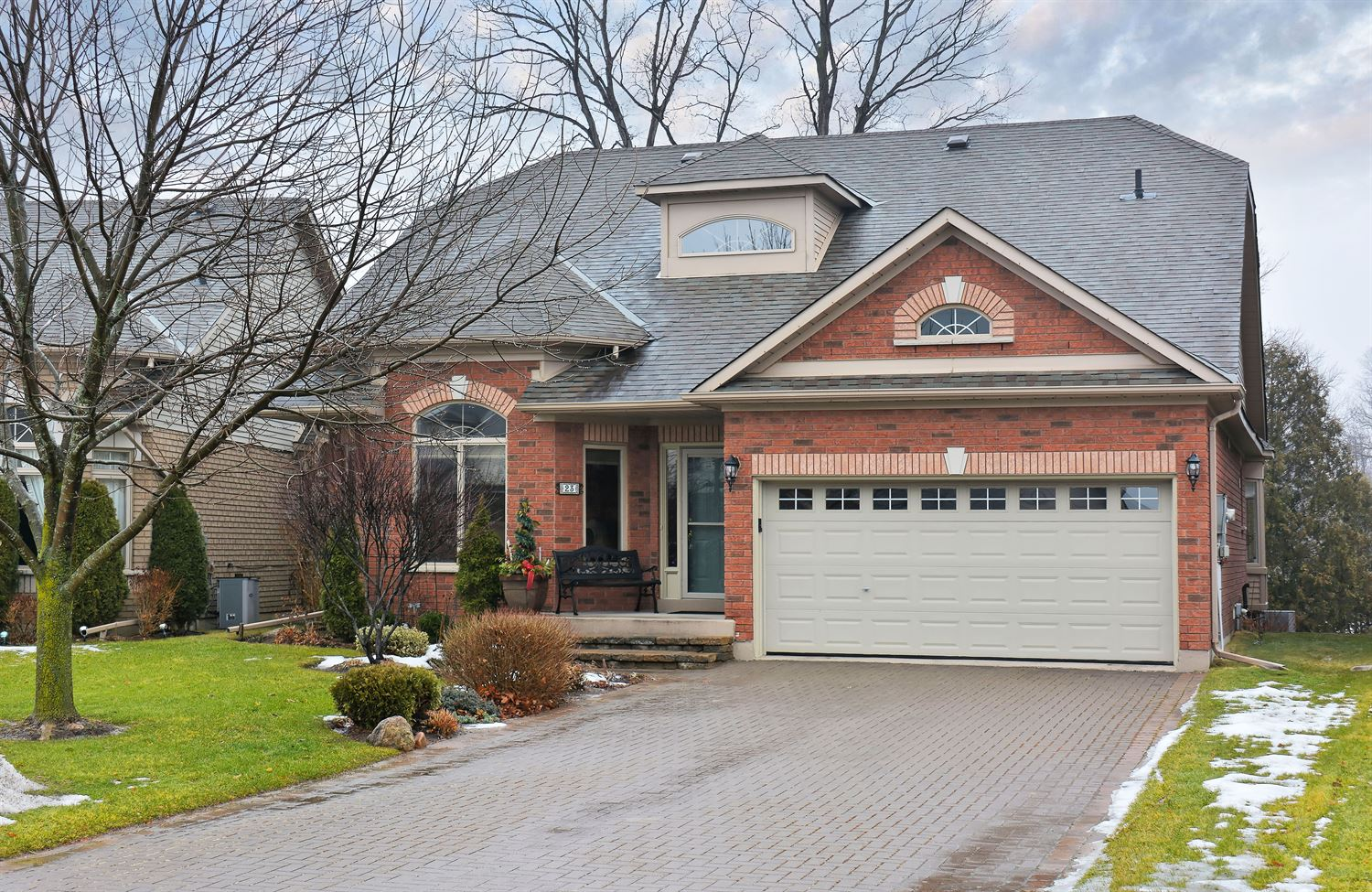 23 Bella Vista Tr, New Tecumseth N4026517