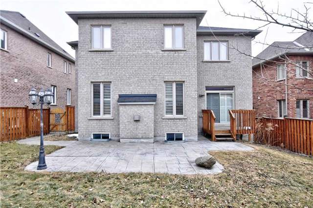 1034 Nellie Little Cres, Newmarket N4031304