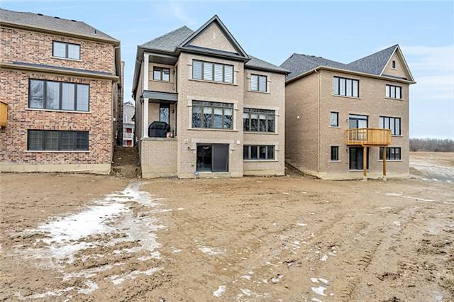 126 Carnaby Way, East Gwillimbury N4052873