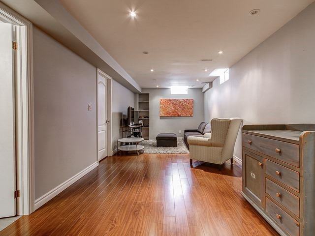 12 Mill River Dr, Vaughan N4070077
