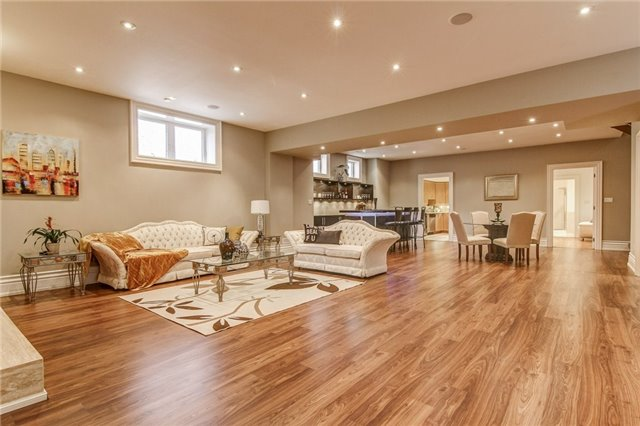 30 Autumn Grove Crt, Vaughan N4137570