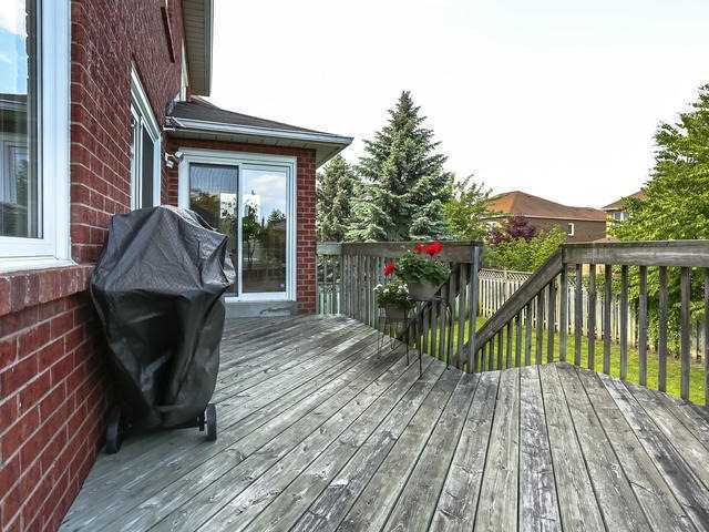 238 Valleymede Dr, Richmond Hill N4143383