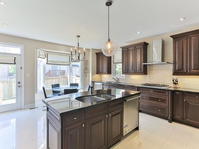 20 Chaiwood Crt, Vaughan N4179777