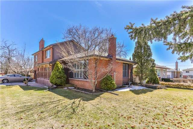 24 Sussex Ave, Richmond Hill N4208706