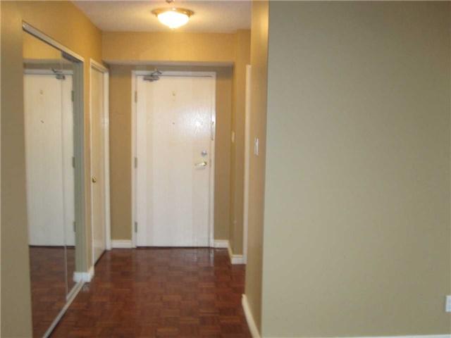 #611 - 22 Clarissa Dr, Richmond Hill N4290899