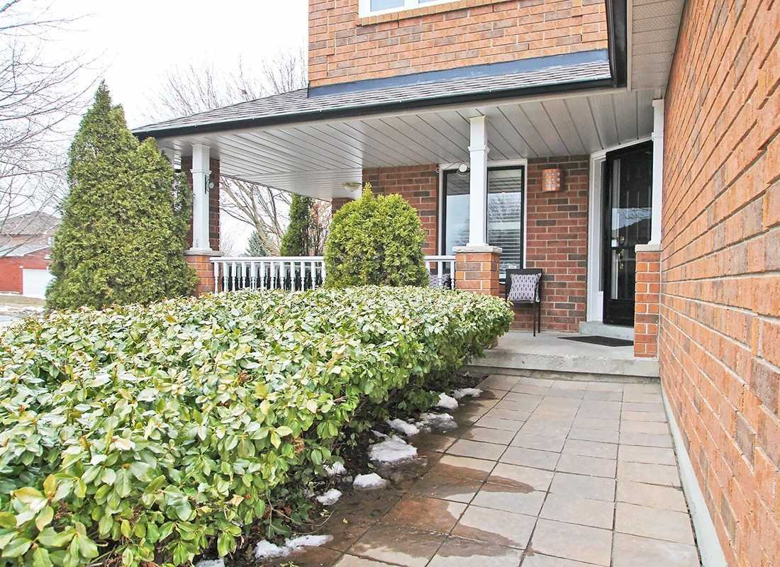 345 Pickering Cres, Newmarket N4403525